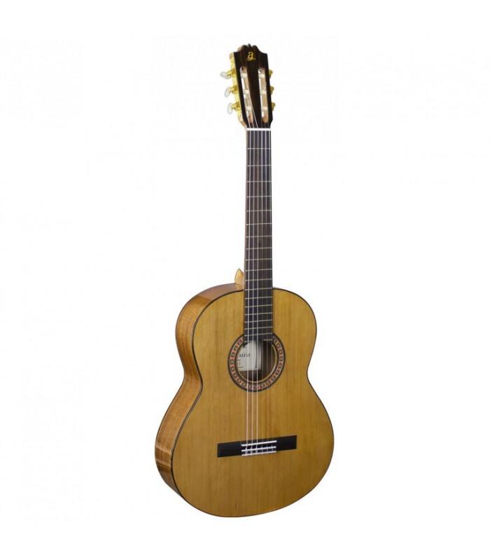 Admira A2 klasična španska gitara